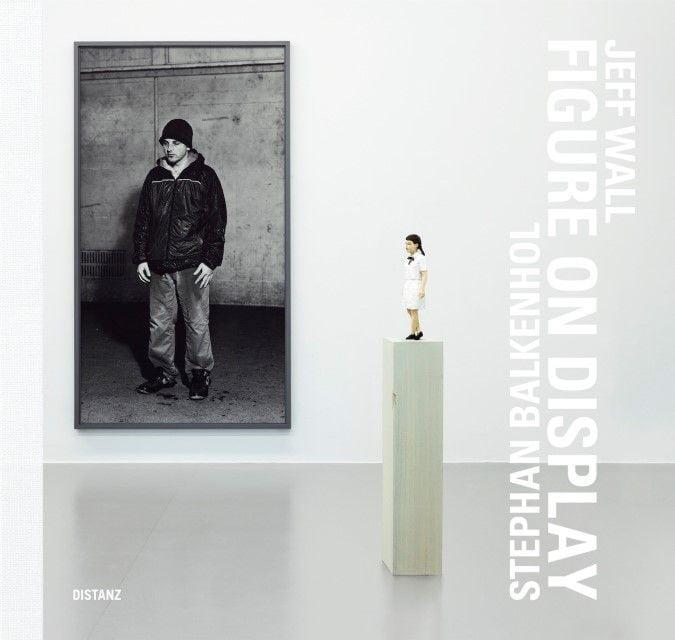 : Figure on Display - Stefan Balkenhol/Jeff Wall