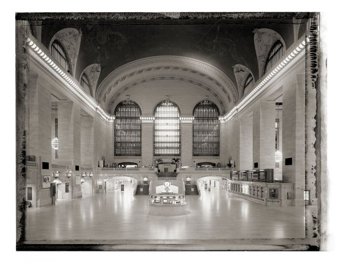 : New York Sleeps - Christopher Thomas. Collector's Edition Grand Central Station